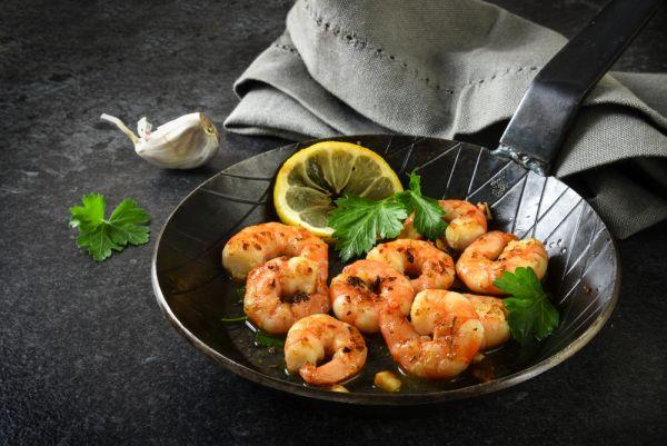 Τηγανητές γαρίδες με σκόρδο και λεμόνι | imommy.gr