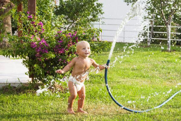 Έτσι θα κάνετε τον κήπο σας ασφαλή για το παιδί   imommy.gr