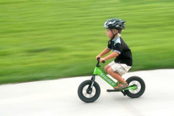 Έτσι το παιδί σας θα μάθει εύκολα και γρήγορα ποδήλατο! | imommy.gr