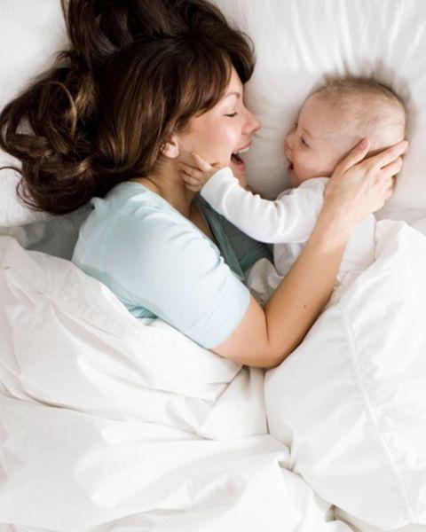 12 πράγματα που είναι κοινά σε όλες τις νέες μαμάδες | imommy.gr