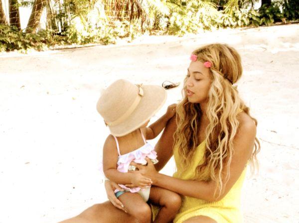Φωτογραφίες από τις διακοπές της Μπιγιόνσε με την κόρη της | imommy.gr