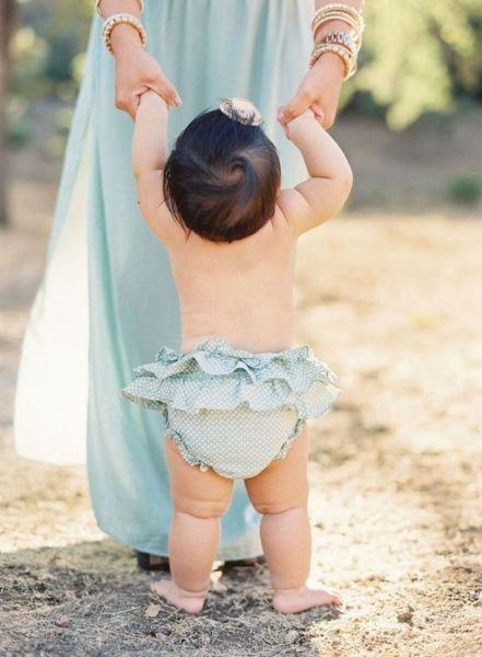 22 πράγματα που δεν πρέπει να πείτε ποτέ σε μια νέα μαμά για το μωρό της | imommy.gr