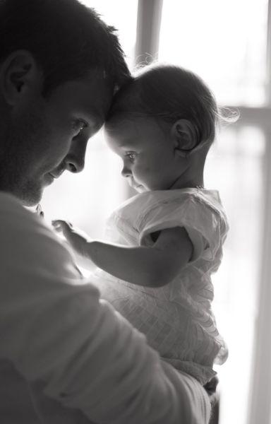 5 λόγοι που οι μπαμπάδες μοιάζουν με τα μωρά! | imommy.gr