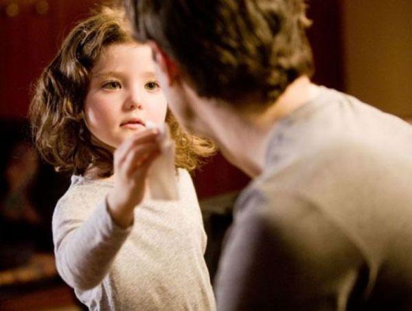 Πόσο αλλάζουν οι κόρες τους μπαμπάδες; | imommy.gr