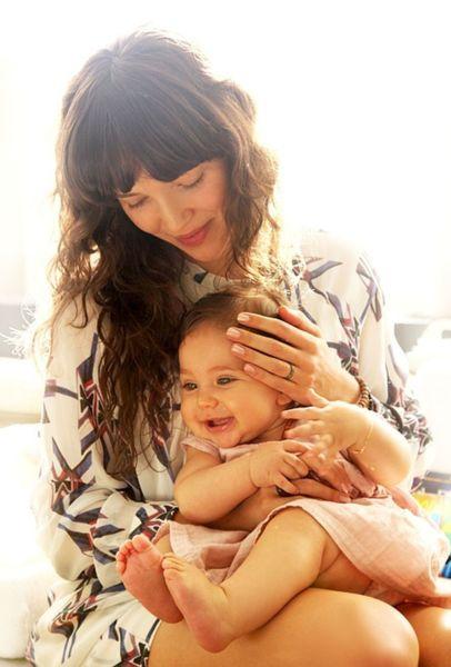 6 χρυσοί κανόνες για να μεγαλώσετε ευτυχισμένες κόρες!   imommy.gr