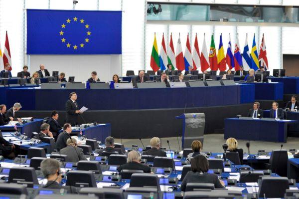 Έπαινοι και… αφορισμοί για την ελληνική προεδρία | imommy.gr