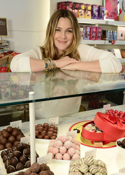 Η Ντρου Μπάριμορ σε σοκολατερί για τον Άγιο Βαλεντίνο! | imommy.gr