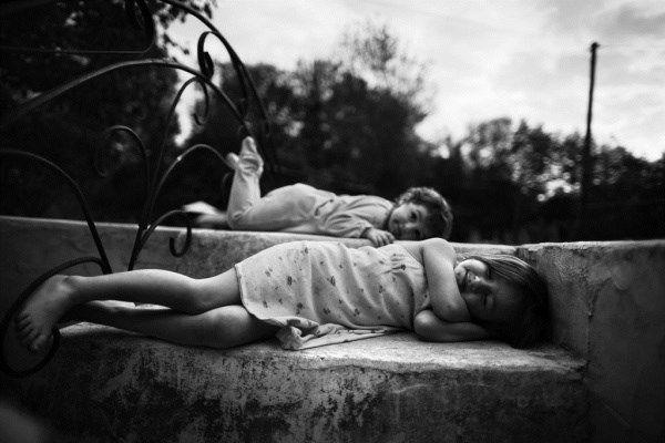Η παιδική αθωότητα μέσα από το φωτογραφικό φακό ενός πατέρα | imommy.gr