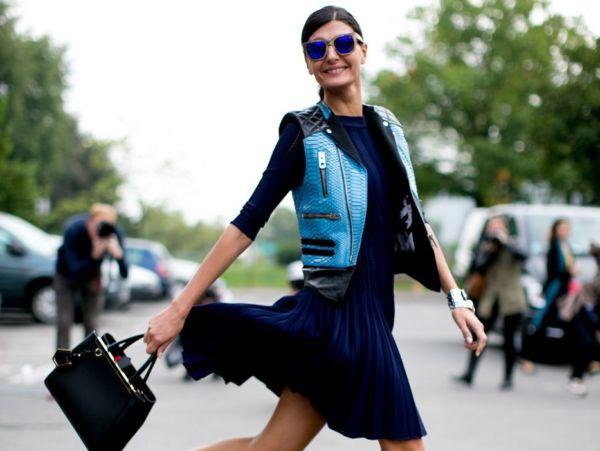 Aνοιξιάτικα φορέματα για το γραφείο από €22 | imommy.gr