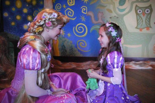 Μια μαμά με έμπνευση «κάνει» την κόρη της πριγκίπισσα!   imommy.gr