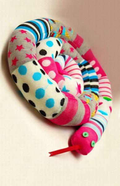 DIY: Ανακυκλώστε τις παλιές κάλτσες των παιδιών! | imommy.gr