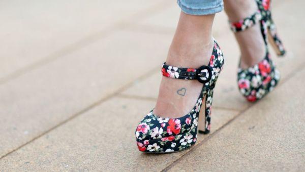 Πώς θα φορέσετε σωστά τις πλατφόρμες | imommy.gr