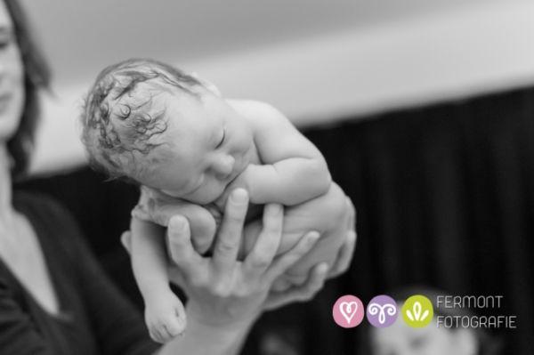 Πώς «χωράει» το μωρό στη μήτρα; (εικόνες) | imommy.gr