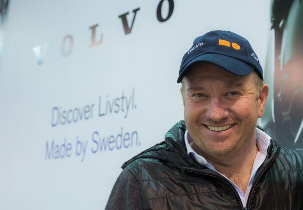 Ο Έκτορας Μποτρίνι στο περίπτερο της Volvo στην Αυτοκίνηση 2014 | imommy.gr