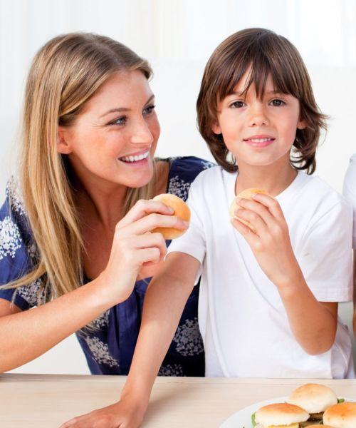 Κι όμως το σπιτικό φαγητό δεν είναι πάντα καλό για την… οικογένεια! | imommy.gr