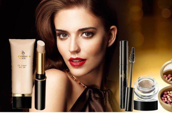 Κερδίστε 5 πολυτελή σετ μακιγιάζ συνολικής αξίας €615 | imommy.gr