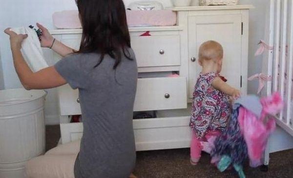 Βίντεο: Γιατί όλες οι μαμάδες είναι εξαντλημένες στο τέλος της ημέρας; | imommy.gr