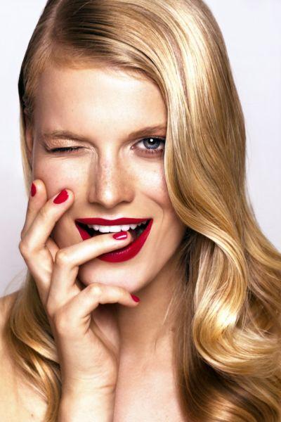 DIY: Λεύκανση δοντιών με φυσικούς τρόπους | imommy.gr