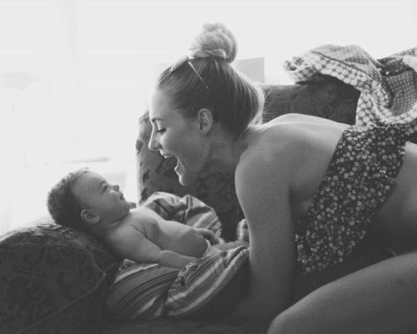 5 λόγοι για τους οποίους η μητρότητα μας κάνει ακόμα πιο όμορφες | imommy.gr