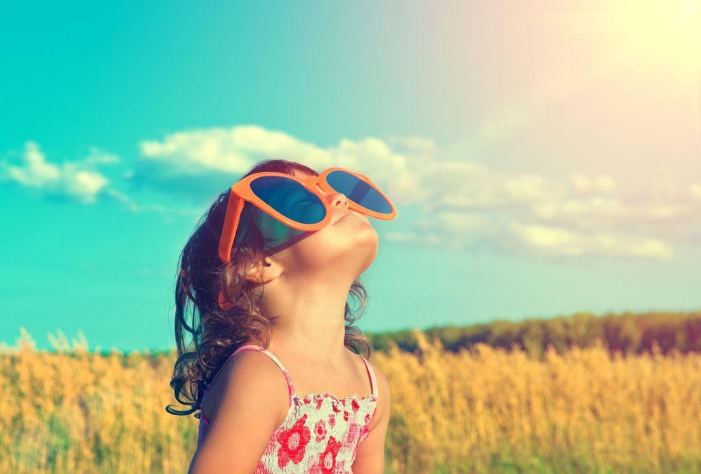 7bcd95ce61 Από ποια ηλικία επιτρέπονται τα γυαλιά ηλίου