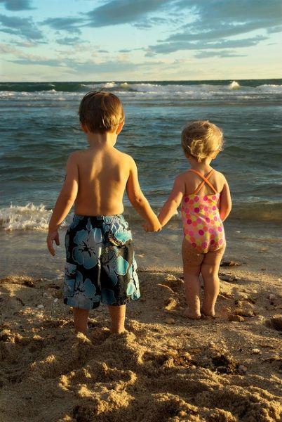 Πώς θα καταλάβουμε ότι η θάλασσα που κολυμπάμε είναι καθαρή; | imommy.gr