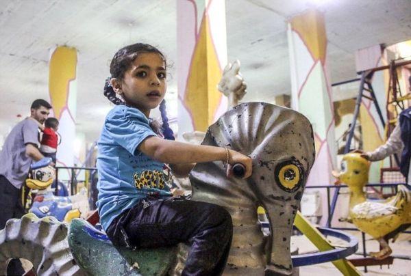 Εικόνες: Μία παιδική χαρά στην Συρία κάτω από την… γη! | imommy.gr
