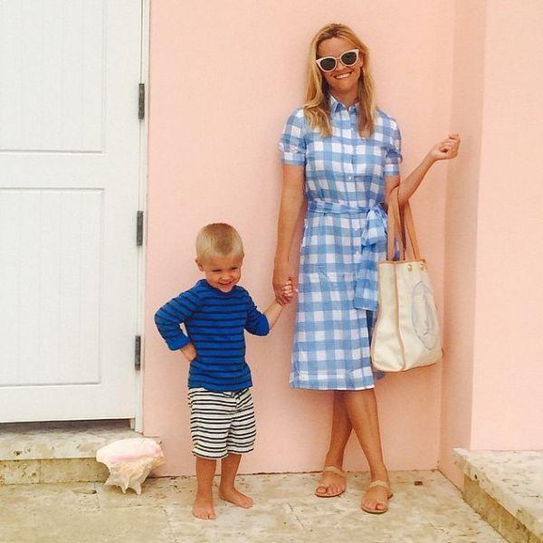 Ρις Γουίδερσπουν: Το φωτογραφικό άλμπουμ της οικογένειάς της | imommy.gr