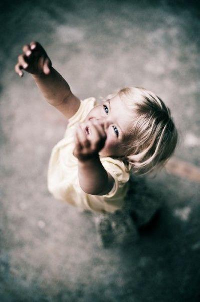 Γιατί τα παιδιά θέλουν να πιστεύουν στο Θεό;   imommy.gr