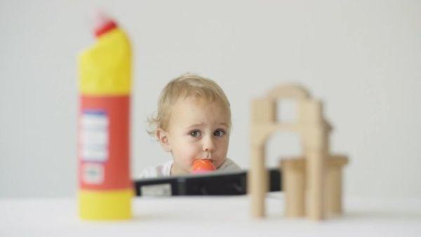 Βίντεο: Απορρυπαντικό ή Παιχνίδι; Τι διαλέγει ένα παιδί;   imommy.gr
