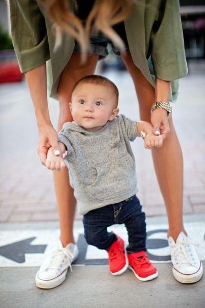 Πώς θα βοηθήσουμε το μωρό μας να περπατήσει | imommy.gr