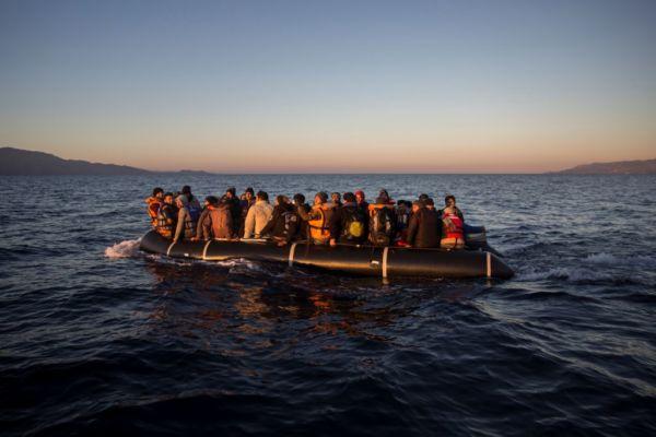 Πνίγηκαν 21 πρόσφυγες, μεταξύ τους τρία παιδιά, εν πλω προς τη Λέσβο   imommy.gr
