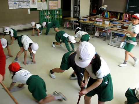 Πώς μαθαίνουν οι Ιάπωνες μαθητές να…σέβονται το σχολείο τους!   imommy.gr