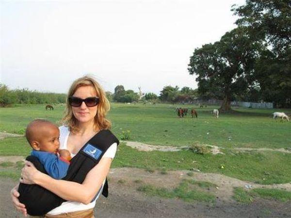 Μαρτυρία: Η Ελληνίδα που υιοθέτησε τον μικρό Οδυσσέα από την Αιθιοπία. | imommy.gr