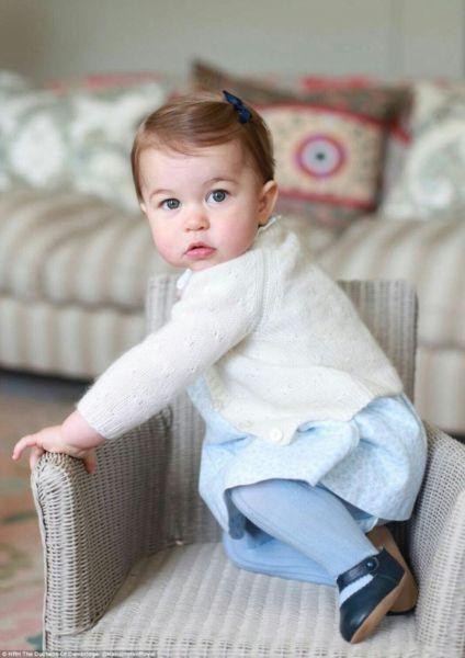 Πριγκίπισσα Σάρλοτ: Τα πρώτα της γενέθλια!   imommy.gr
