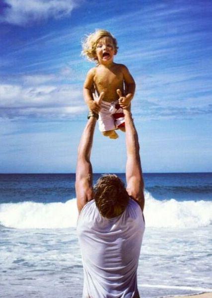 H πατρότητα βοηθάει τους άντρες να κόψουν τις κακές συνήθειες! | imommy.gr