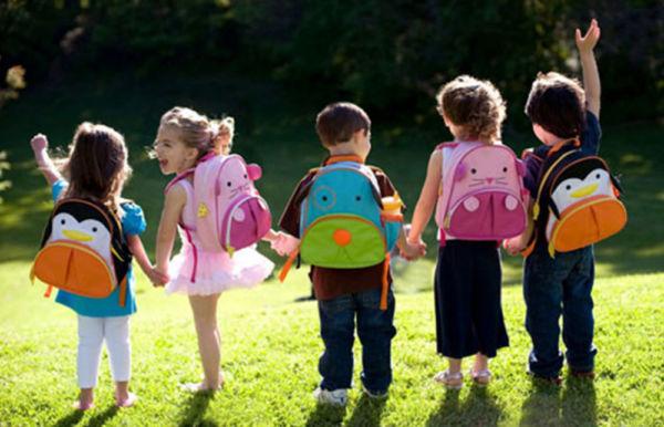Πόσα κιλά πρέπει να ζυγίζει η τσάντα των παιδιών | imommy.gr