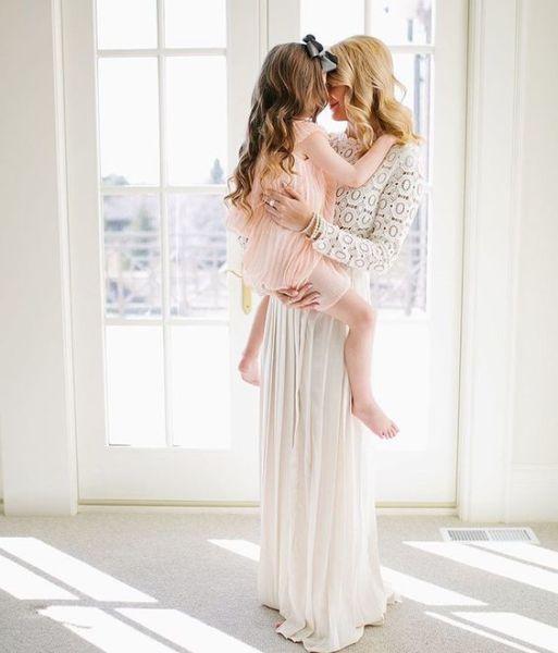 Τι είναι εξίσου θεραπευτικό με τη μητρική αγκαλιά; | imommy.gr
