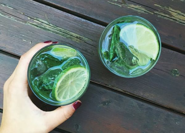 5 ποτά που κανένας bartender δεν θα έπινε σε μπαρ | imommy.gr