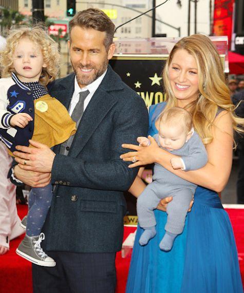Η Μπλέικ Λάιβλι και ο Ράιαν Ρέινολντς έκαναν την πρώτη δημόσια εμφάνιση με τις κόρες τους! | imommy.gr
