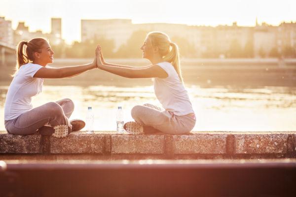 Οι φίλοι προάγουν την γονιμότητα! | imommy.gr