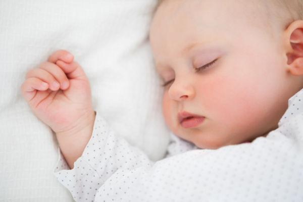 Κολικοί: ανακουφίστε το μωρό σας με βελονισμό | imommy.gr