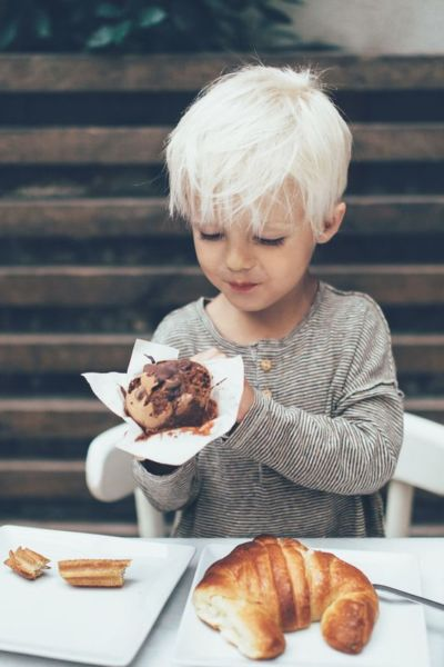 Γιατί τα παιδιά έχουν εμμονή με τα γλυκά; | imommy.gr