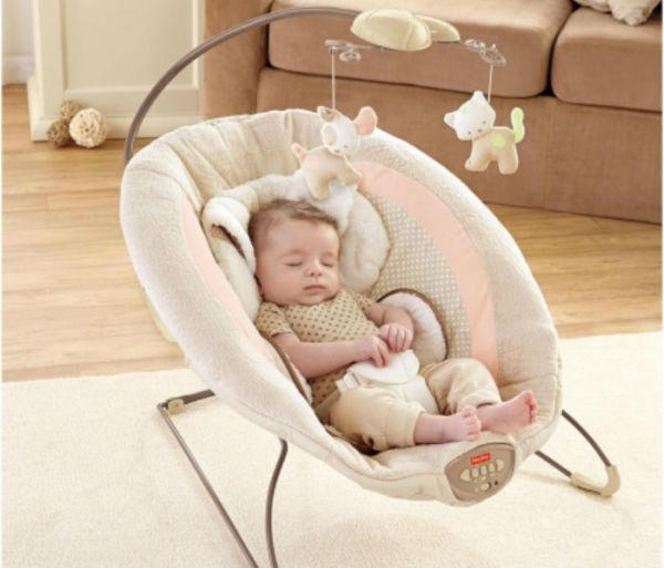 Πόσο ασφαλές είναι να κοιμάται το μωρό στο ριλάξ;   imommy.gr