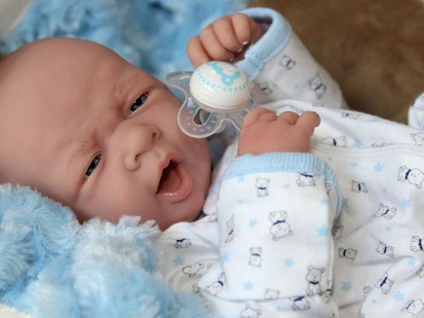 Τα μωρά από σιλικόνη βοηθούν τους γονείς να προετοιμαστούν για το νέο τους ρόλο | imommy.gr