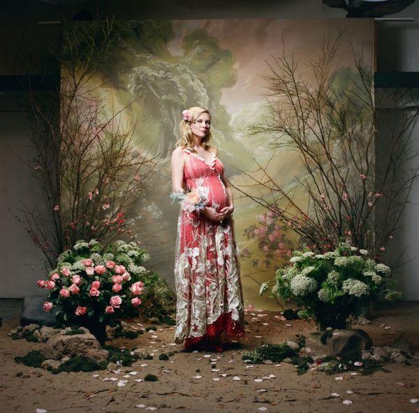 Η Κίρστεν Ντανστ επιβεβαιώνει την εγκυμοσύνη της με τον πιο σικάτο τρόπο | imommy.gr