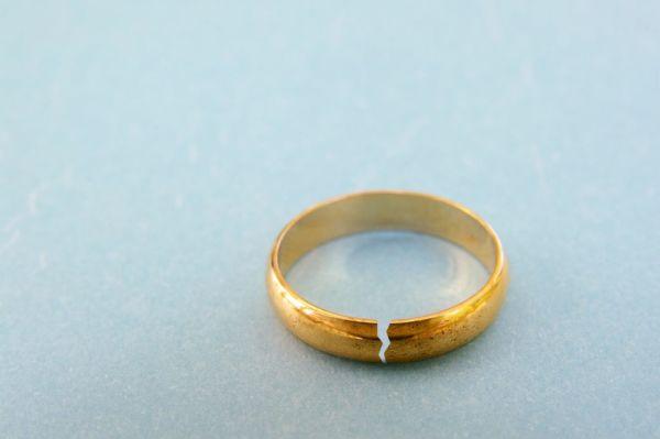 Ποια είναι η νέα αιτία διαζυγίου στην Ελλάδα; | imommy.gr