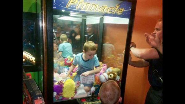 Δείτε τι μπορεί να κάνει ένα παιδί για ν' αποκτήσει ένα παιχνίδι | imommy.gr