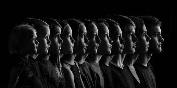 Μαμά δημιουργεί υπέροχο αναμνηστικό πορτραίτο των 11 παιδιών της | imommy.gr