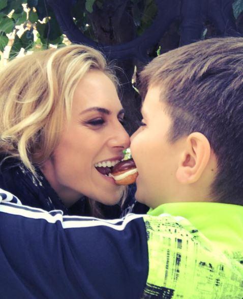 Ντορέτα Παπαδημητρίου: Η μοναδική σχέση αγάπης είναι αυτή που έχει με τα παιδιά της | imommy.gr
