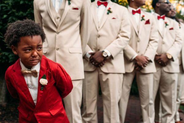 Ο εξάχρονος που έκλαιγε στο γάμο της μαμάς του και έγινε viral   imommy.gr
